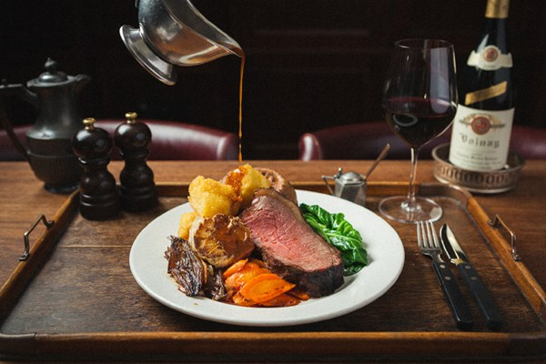 5 Fun Places To Eat In Manchester
